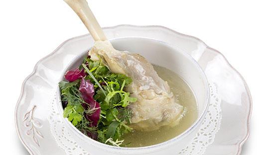 时素牛骨汤,孕期补钙不能少