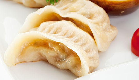 虾肉水饺,孕妇常食可滋阴、强体、养胃,有益于胎儿早期大脑的发育。