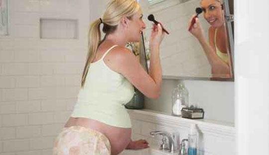 孕妈妈注意远离这四大化妆品