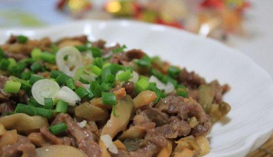 准妈妈营养美食,榨菜蒸牛肉片